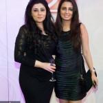 Dubai Makeup Artist Reshu Malhotra/ Dubai Beauty Blogger with Desiger Archana Kochhar