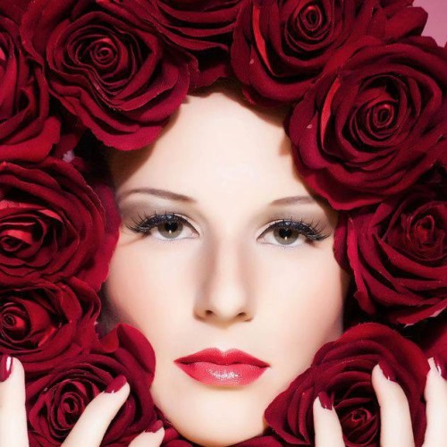 Dubai Makeup Artist Reshu Malhotra/ Fashion Makeup